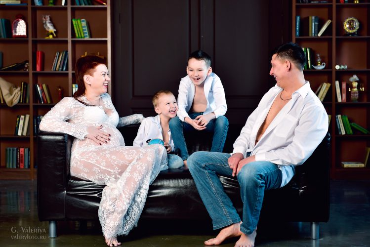 Семейная фотосессия, мама и ребенок, счастливая мама, как стать лучшей мамой, портрет, фотограф уфа, фотосессия в уфе, фотосессия на улице уфа, фотосессия в студии